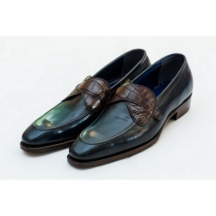 BLUE HAND-BUFFED LOAFERS